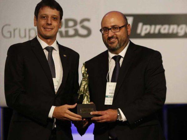 Diego Casagrande recebe o grande Prêmio Liberdade de Imprensa - 2016